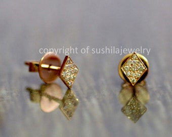 Solid 14k Yellow Gold Geometric Triangle Tiny Studs Earrings SI Clarity G Color Diamond Studs Earrings Jewelry