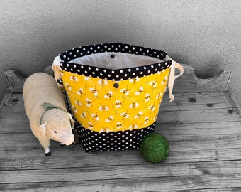 Knitting Project Bag -Large Knitting Bag - Knitting Sack- Bees With Polka Dots-AAPI Owned Shop - sac a projet, projekttasche