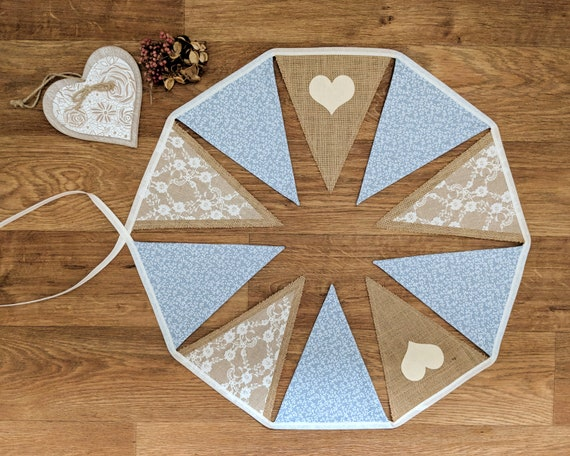 HANDMADE VINTAGE STYLE BUNTING HESSIAN WITH NEW NEUTRAL HEARTS
