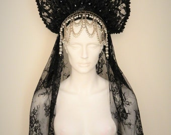 RHIANNON Gothic Headdress Crown Black Lace Veil Pearls WGT