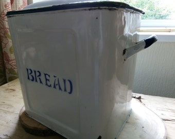 Retro tin and enamel bread box