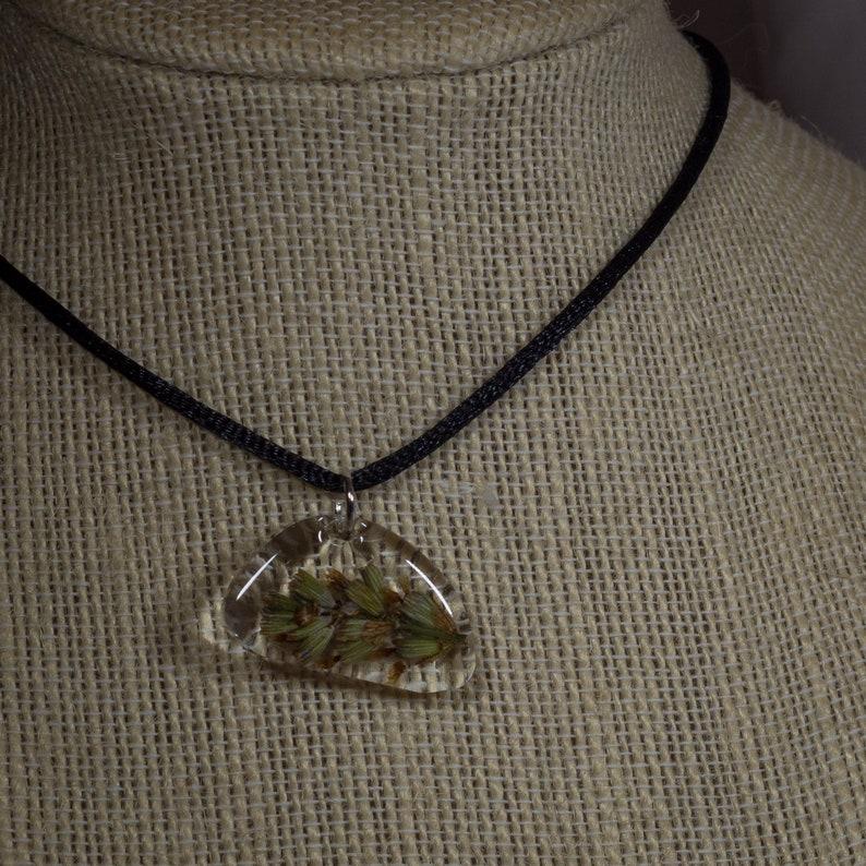 Asymmetric Lavender Flower Pendant Necklace Domed