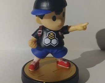 BeeSports Ness Custom Amiibo