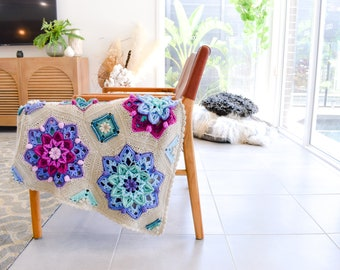 Floral Dreams Crochet Pattern | By The Loopy Stitch