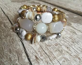moonstone bracelet,crystal bracelet,gemstone bracelet,boho bracelet,beaded bracelet,chunky bracelet