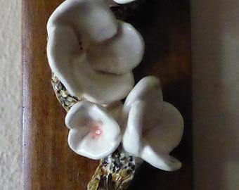 Ginger Flowers in porcelain