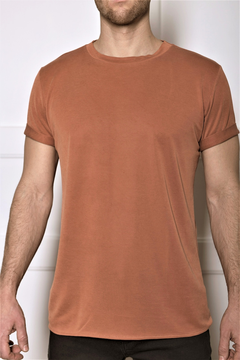 How to Wear a Tan Crew neck T shirt For Men (64 looks