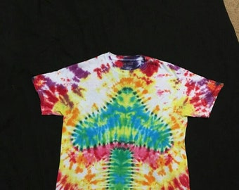 Adult Medium Tie Dye Shirt