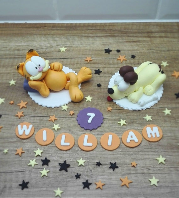 Pleasant Fondant Garfield And Odie Cake Toppers Edible Birthday Cake Etsy Personalised Birthday Cards Veneteletsinfo