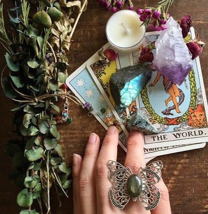 Love/relationship tarot reading + FREE Energy Oracle & Romance Angel Oracle  cards for advice