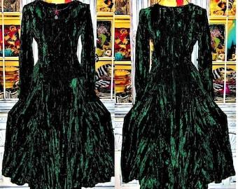 Betsey Johnson VINTAGE Punk Face Label Dress CRUSHED VELVET Green Maxi Long Drop Waist Fit & Flare Tiered Full Skirt S 2 4
