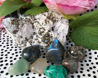 Money Maker - Prosperity and Abundance Tumbled Crystal Set - Entrepreneur Business Gift