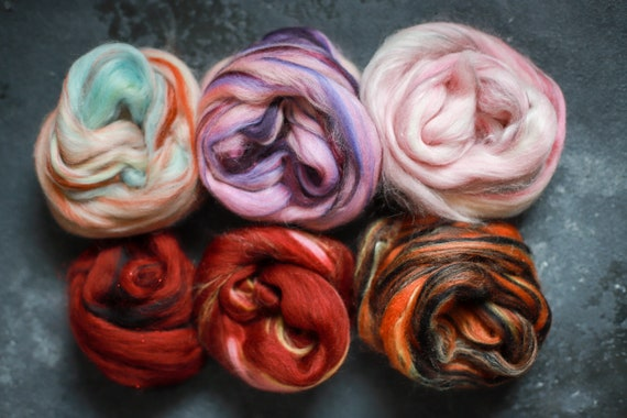 Sample set / felting set merino wool & silk roving / hand combed top / for spinning and felting / Set 12