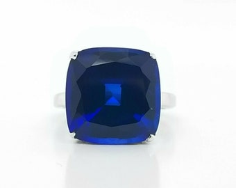 92ba168cf Tiffany & Co 18K White Gold Ring Gem BLUE SAPPHIRE cushion SHAPE