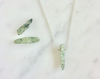 Kyanite Necklace, Green Kyanite Necklace, Raw Kyanite Pendant, Green Kyanite Pendant, Green Kyanite Jewelry, Green Kyanite, Kyanite Jewelry