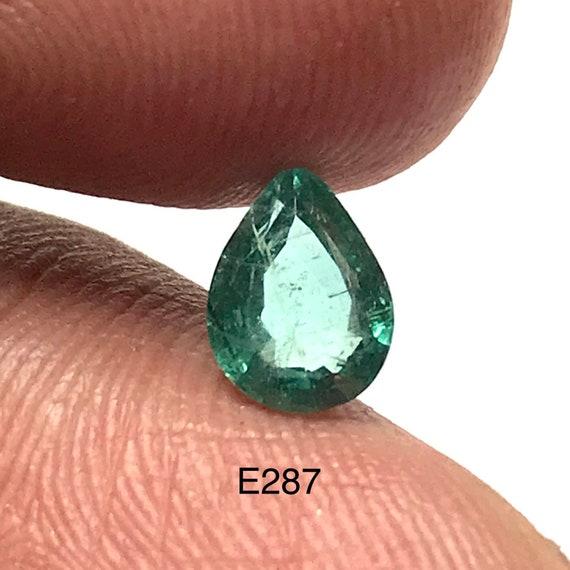 c1.3 cts.Fine Green Zambian Emerald Natural emerald faceted cut oval..m7.4x5.5x4.8mm..#E260