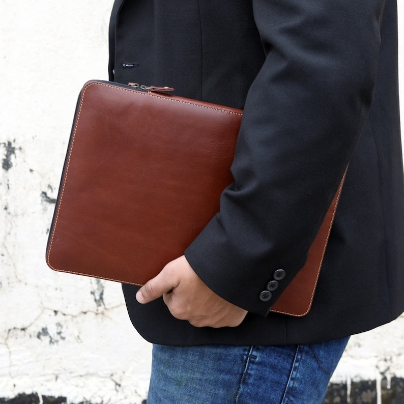 Brown Leather MacBook PRO Case