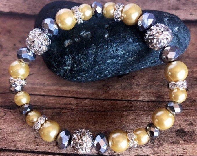 Beaded Yellow Pearl Bracelet Bridal