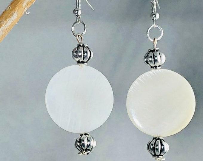 Shell earrings, bohemian white bridal silver dangle earrings, Beach Wedding Drop Nature Earrings, Gift for Bridesmaid
