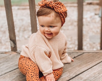 Tan Abstract Micro Dot Leggings and Top Knot Headbands Set, Preemie Girl Clothes, Newborn Coming Home Outfit, Baby Pants & Bows