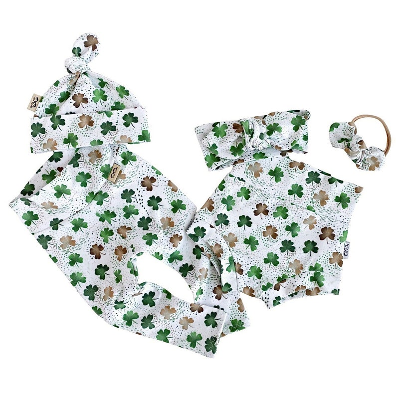 Newborn Coming Home Outfit Lucky Shamrocks on White Leggings and Headbands Set Preemie Clothes Babygirl St Patricks Day Clothes