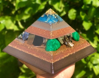 8 Sided Orgone Pyramid - Heart Guardian 24K Gold Cap Giza - EMF Shield - with Malachite, Pyrite, Calcite, Topaz, Atomized Metals and More