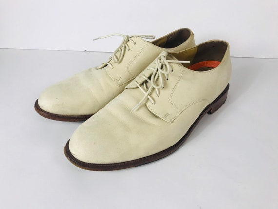 Mens 10 Used White Bucks Suede Rockabilly Shoes - image 2