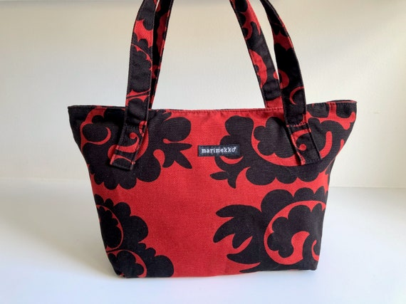 Black and Red MARIMEKKO Samovaari Shoulder Bag, Ca