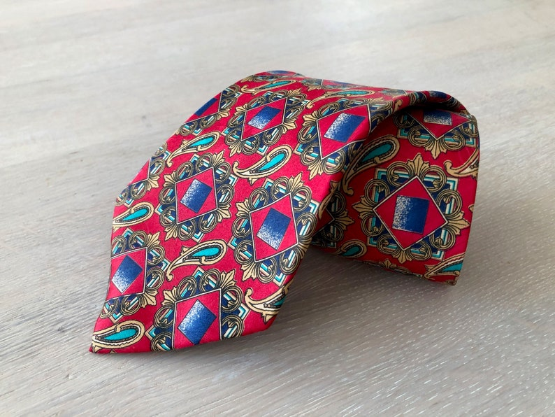 Printed Paisley Necktie Red Silk Tie by HR Fashion Gifts for men Mens Vintage Tie