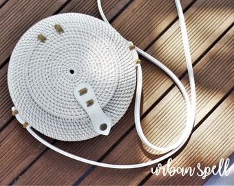 Natural Handwoven Round Rattan+Atta Bag – White Color with Ellipse Shape