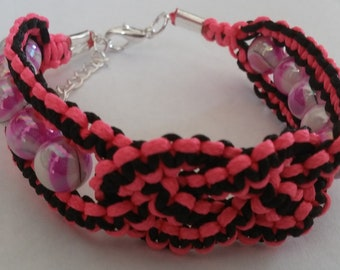 """Celtic Knot Macrame Beaded Bracelet - 8.0"""" with 2""""extension - FREE shipping"""