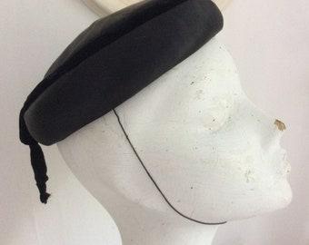 Vintage pillbox hat black with velvet bow ade96ca7dc9