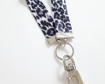 VIP Wristband Animal Print Gold Leopard Lanyard,Lobster Clip /& Black ID Card