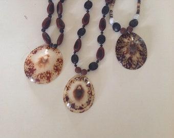 Green Iridescent Pheasant Feathers W  Opihi Shells Jewelry Set                                   New