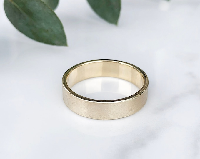 Men's 5mm Silk Finish 10KT Solid Yellow Gold Band