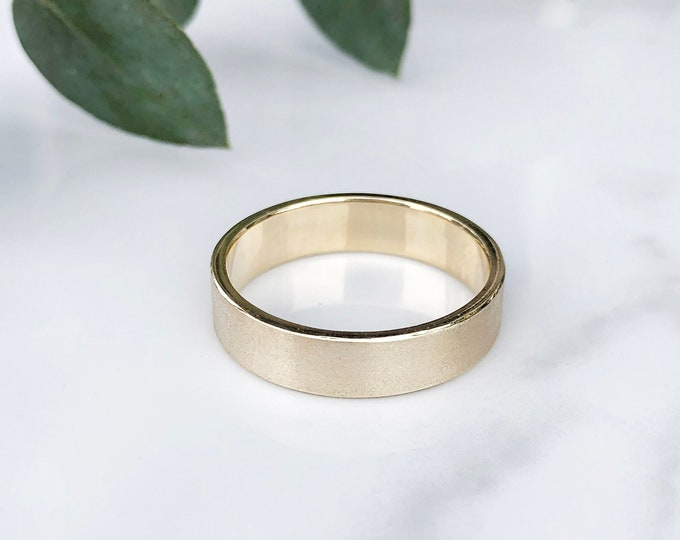 Ladies 5mm Silk Finish 10KT Solid Yellow Gold Band