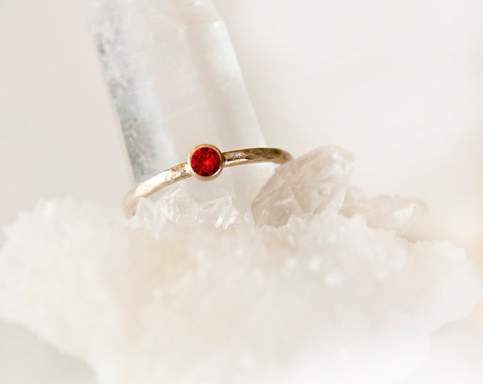 10KT Yellow Gold Ruby Birthstone Ring