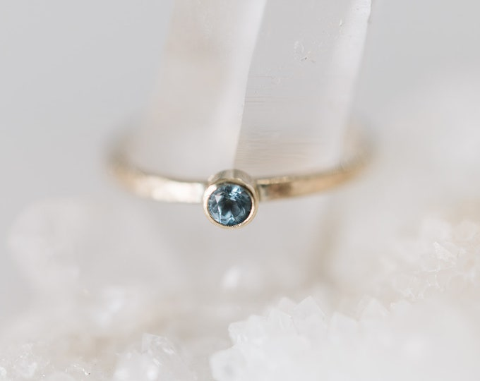 10KT Yellow Gold Aquamarine Birthstone Ring