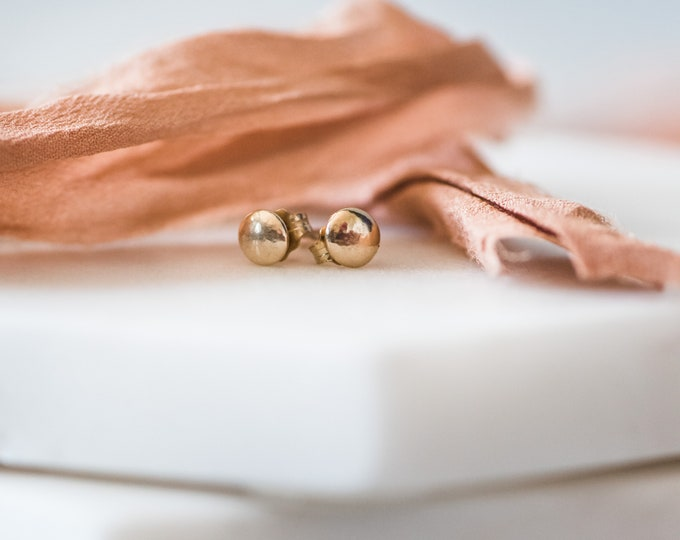 10KT Solid Gold Stud Earring