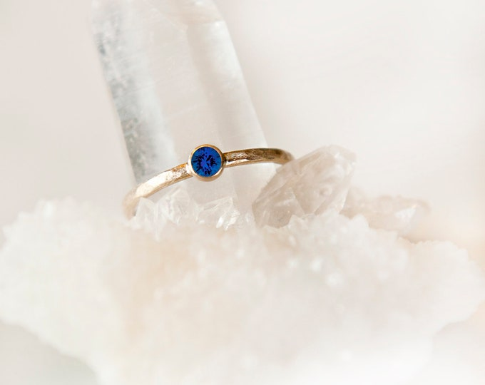 10KT Yellow Gold Blue Sapphire Birthstone Ring