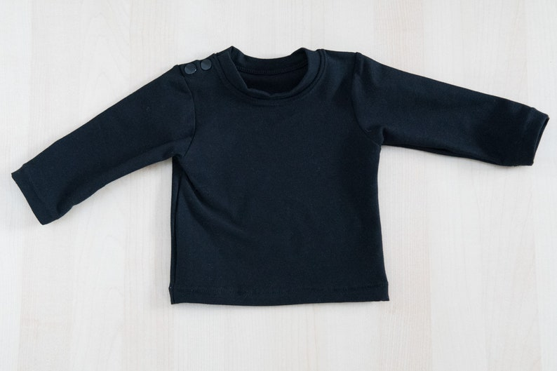 0-24M or the reverse Black tshirt sweatshirt for baby boy or baby girl with long or short black sleeves