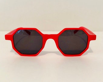 c94d15323 Hexagon red frame sunglasses;dark lens