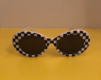19961f56a6 checkered frame oval sunglasses