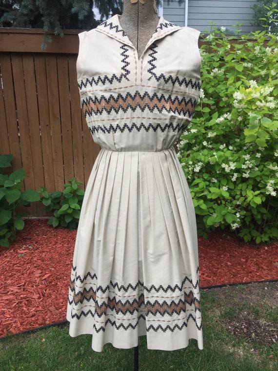 Carlye 1950's Beige Dress