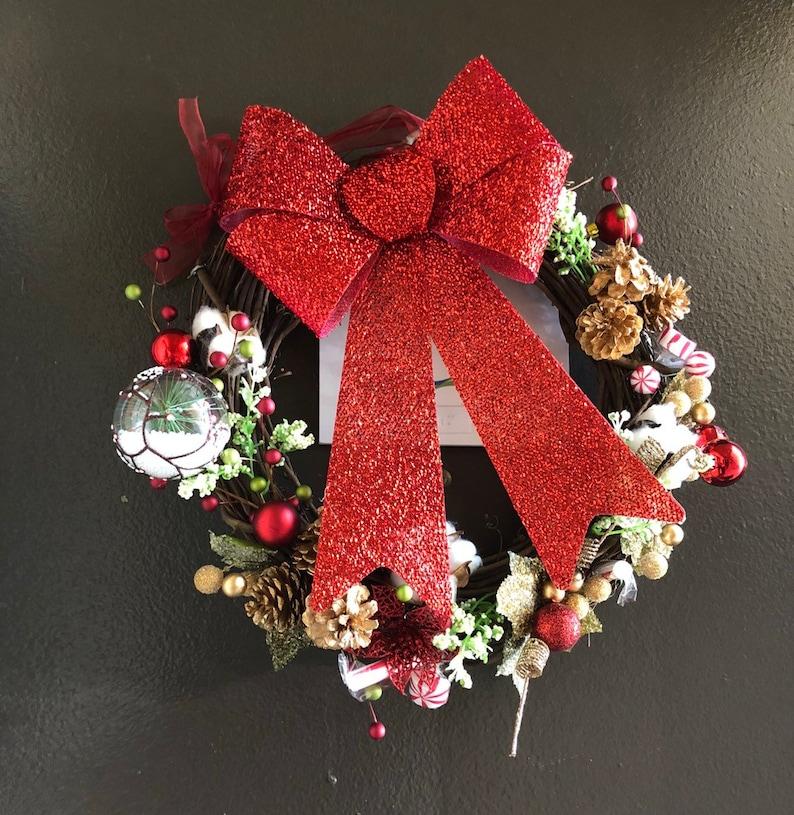 Holiday Wreath image 0