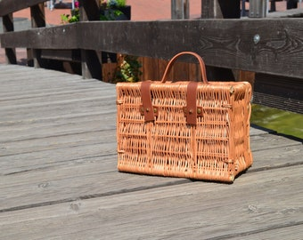Rattan purse, straw bag, wicker bag, rattan crossbody bag, rattan handbag, summer bag, summer purse