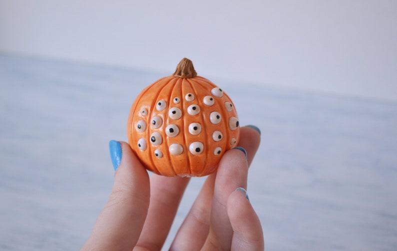 Miniature Dollhouse 4 Orange Pumplins Hand-Painted 4 sizes