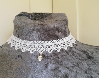 White lace choker. With diamante detail. Gothic fetish.