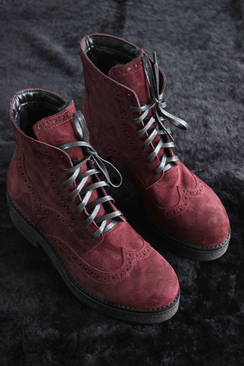 45699f280a667 Suede leather maroon brogues boots women, personalized lace up winter boots  with fur, handmade engraved custom tie shoes, italian leather