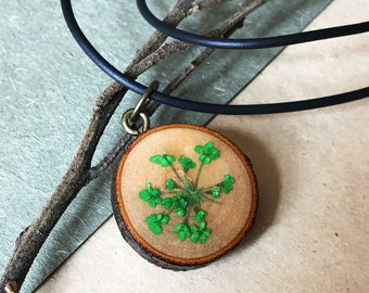 Handmade dried flower with UV resin necklace
